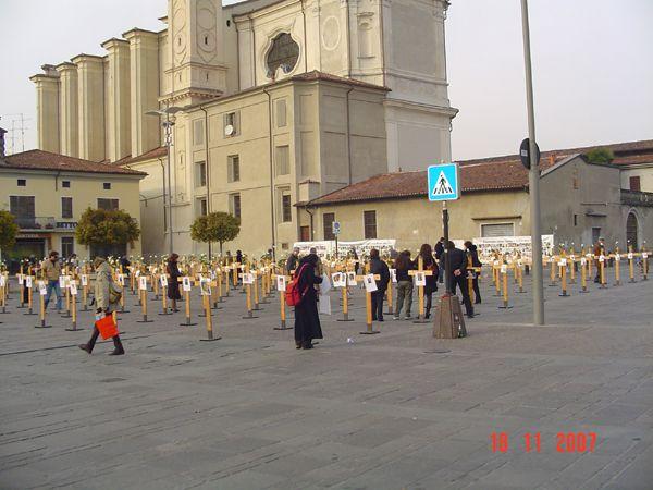 grande_manifestazione_delle_croci__travagliato_2007_001