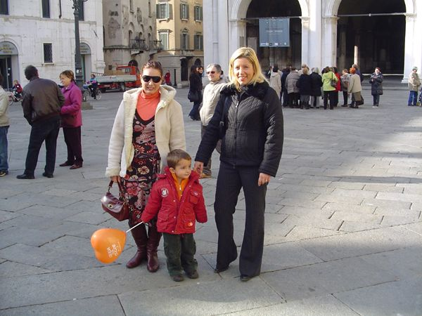 grande_manifestazione_delle_croci_brescia_2006_019
