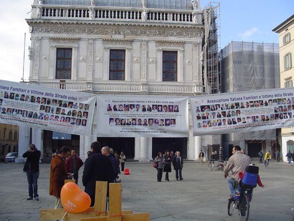 grande_manifestazione_delle_croci_brescia_2006_035